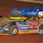 Billy Moyer Jr. (21jr) and Jared Landers during the 2013 Lucas Oil Late Model Dirt Series event at Tazewell (Tenn.) Speedway. (Michael Moats Photo)
