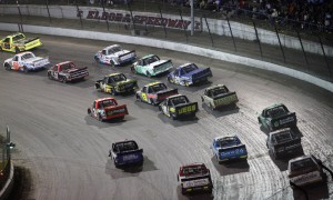 A large field will once again take to the famed Eldora Speeway in 2014 for the CarCash Mudsummer Classic. (HHP/Tim Parks Photo)