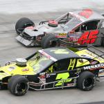 Ryan Newman (7ny) and  Eric Berndt during Wednesday's NASCAR Whelen Modified Tour race at Bristol (Tenn.) Motor Speedway. (HHP/Alan Marler Photo)