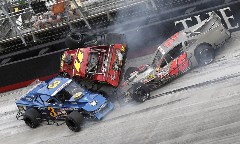 PHOTOS: NASCAR Modifieds At Bristol | SD SPORT