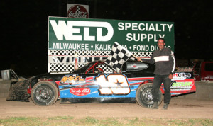 Roger Lee in victory lane last Saturday at Beaver Dam Raceway. (Bob Cruse Photo)