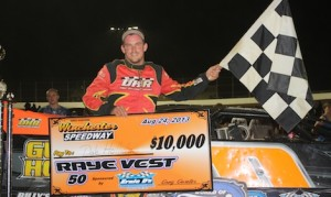 Dale Hollidge in victory lane Saturday night at Winchester (Va.) Speedway. (Kevin Kovac/WoO LMS photo)