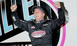 Darrell Lanigan celebrates winning the 10th annual Lucas Oil Late Model Knoxville Nationals at Knoxville Raceway. (Mike Ruefer photo)