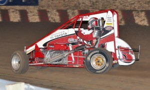 Zach Daum will begin the defense of his 2013 title when the POWRI midgets open the 2014 season at the I-44 Riverside Speedway on March 21. (Jeff Arns photo)