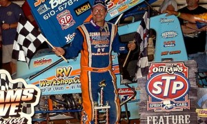 Don Kreitz Jr. won Friday's World of Outlaws feature at Williams Grove Speedway. (Hein Brothers photo)