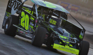 Brett Hearn is getting ready to kick start the 2014 Super DIRTcar Series season. (Dave Dalesandro/MSI Photo Photo)