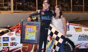 Jim Mardis won Saturday's Lucas Oil Modified Series race at Havasu 95 Speedway driving a borrowed car.