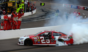 Kevin Harvick celebrates after winning Sunday's AdvoCare 500 at Phoenix Int'l Raceway. (NASCAR Photo)