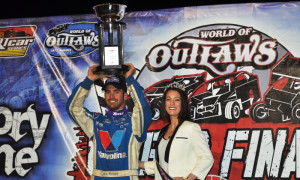 Josh Richards celebrates in victory lane after winning Saturday's World of Outlaws Late Model Series finale at The Dirt Track at Charlotte Motor Speedway. (Chris Seelman Photo)
