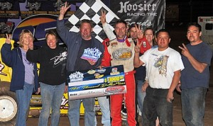 Dave Darland won his second straight Winter Challenge sprint car feature Sunday at Canyon Speedway Park. (Lonnie Wheatley photo)