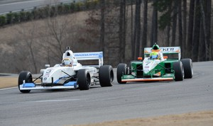 Spencer Pigot pushed hard, but Scott Hargrove held him off and took the victory at Barber Motorsports Park on Wednesday afternoon.