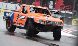 Robby Gordon slides his truck through a corner during Saturday's SPEED Energy Formula Off-Road event in St. Petersburg, Fla. (Al Steinberg Photo)