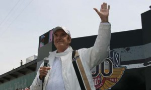 "Jim Nabors will sing ""(Back Home Again In) Indiana"" for the final time prior to the 2014 Indianapolis 500. (IMS Photo)"