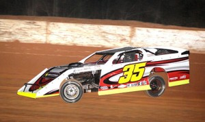 David Stremme on his way to winning the  the Stock Car Steel/SRI UMP Modified feature on Friday night at Carolina Speedway.