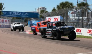 P.J. Jones leads the SPEED Energy Formula Off-Road field on his way to victory Sunday in St. Petersburg, Fla. (SPEED Energy Formula Off-Road Photo)