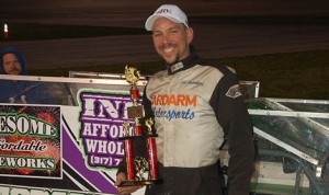 Jeff Shackleford won the inaugural World Outlaw Figure 8 Series feature Saturday night at Anderson (Ind.) Speedway. (R&S Photos Photo)