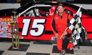 Kres VanDyke won Friday's late model feature at Kingsport (Tenn.) Speedway. (Randall Perry photo)
