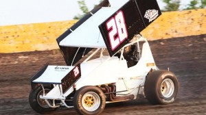 Tommy Bryant leads the field during the ASCS Gulf South event Friday night at Golden Triangle (Texas) Raceway Park. (Ron Skinner photo)