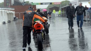 Rain postponed the first qualifying session for the Isle of Man TT races. (Isle Of Man TT photo)