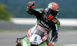 Tom Sykes won both World Superbike features at England's Donington Park Sunday. (World Superbike Photo)