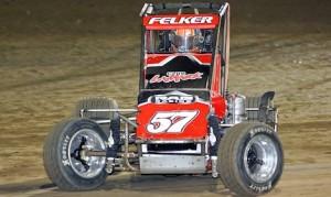 Andrew Felker won Sunday's Badger midget race at Wisconsin's Angell Park Speedway. (Jeff Arns photo)