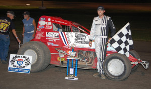Chad Boespflug won Friday's non-wing sprint-car event at Gas City (Ind.) I-69 Speedway. (Stan Kalwasinski Photo)
