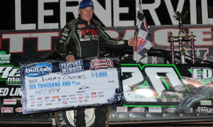 Jimmy Owens in victory lane at Lernerville Speedway. (Julia Johnson photo)