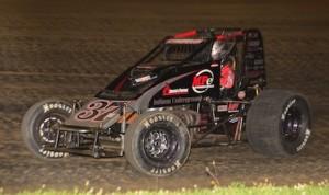 Jon Stanbrough won Saturday's KISS sprint car feature at Indiana's Paragon Speedway. (Doug Vandeventer photo)
