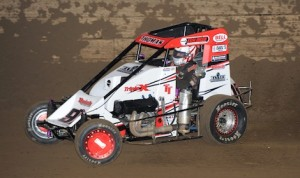 Tyler Thomas won Sunday's POWRi midget race at Belle-Clair Speedway. (Don Figler photo)