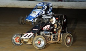 Tim Buckwalter (52) battles Eric Heydenrich en route to victory in Tuesday's ARDC midget race at Grandview Speedway. (Rich Kepner photo)