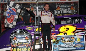 Matt Miller won Saturday's DIRTcar Summer Nationals finale at Oakshade Speedway. (Jim DenHamer Photo)