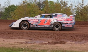 John Waters won the RUSH Late Model Tour event held Sunday at New Humberstone Speedway. (SoftTouch Images Photo)