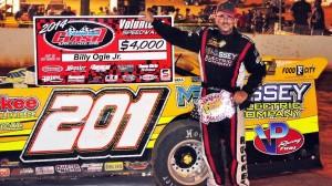 Billy Ogle Jr. won at Volunteer Speedway on Saturday night. (VS photo)