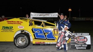 Ron Proctor ended a victory drought of nearly two years in the Bond Auto Parts Modified division, winning the Rutland Herald Mid-Season Championship. (MemorEvents photo)