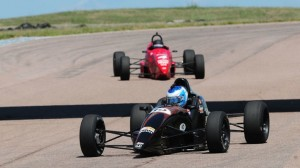 Max Mallinen works his way to a Formula F win. (Mark Weber photo)