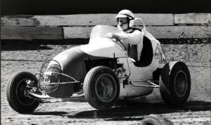 Parnelli Jones wheels a midget at California's Ascot Park.