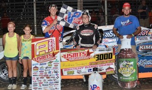 Rodney Sanders earned his 20th United States Modified Touring Series victory of the season Friday in Kansas. (Andrew Towne Photo)