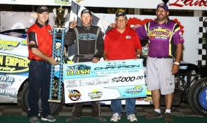 Ethan Dotson won Tuesday night's Harris Clash modified feature at Hamilton County Speedway. (IMCA photo)