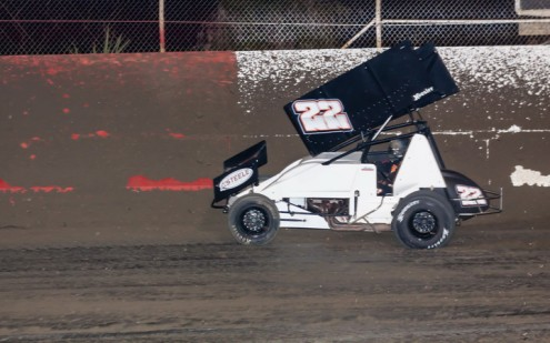 Shawn Murray's sprint car makes a sudden turn towards the wall at East Bay Raceway Park. (R.E. Wing Photo)
