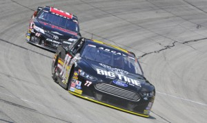 Chase Briscoe (77) leads Dalton Sargeant in a battle for the race lead during Sunday's ARCA Racing Series event at Winchester Speedway. (Randy Crist Photo)