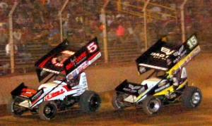 David Gravel (5) holds off Donny Schatz Tuesday night at Pennsylvania's Lernerville Speedway. (Hein Brothers photo)