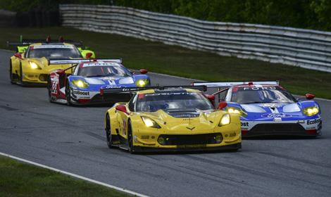 Corvette Racing Is Battling Chip Ganassi Racings Ford Gt