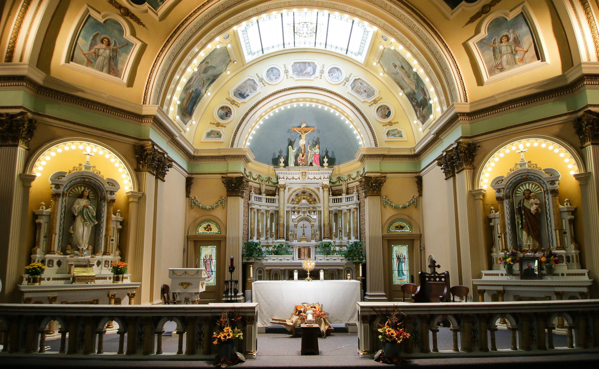 Catholic churches: a selection of sites