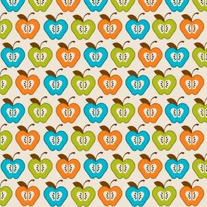 Large_Turquoise_Pea_Orange_Apples_Spring_09