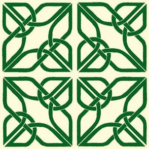 Celtic trifoil knotwork - green