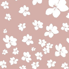 Magnolia Little Gem - Dusty Pink - 1 yard panel