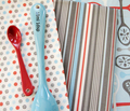 Rrrrfleur_de_cuillere_kitchen_stripe_flt_450__lrgr_comment_10938_thumb