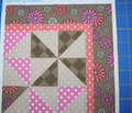 Rri_heart_daisies_cheaterquilt_comment_121455_thumb