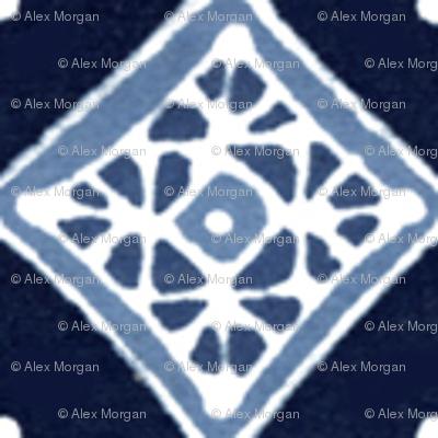 Amuletii Tile