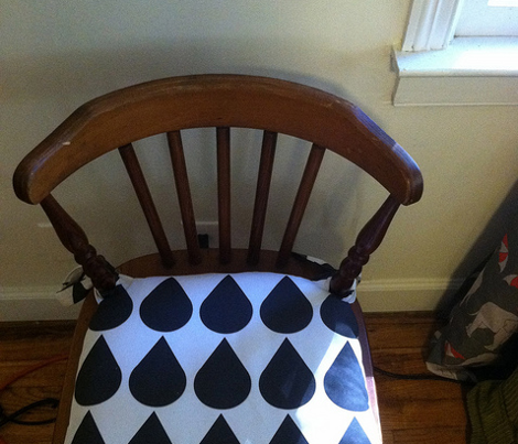 Raindrop black and white